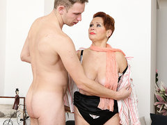 Curvy Mature Lady Sucking And Fucking Her Toy Boy - MatureNL