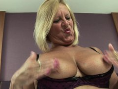 Watch this bbw lady Bee in her bed, doing naughty solo and playing with private area! She is all nak