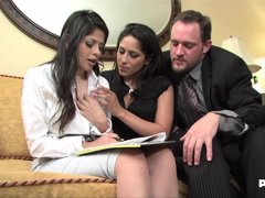 Jenaveve Jolie and Evie Delatosso got down and dirty with their new neighbor, just for fun