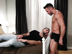 straight dude sucks his first cock