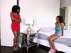 sweet ebony lesbos @ the learning curve