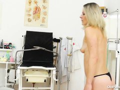 She may be a bit old, but Liba is still fucking hot! The blonde whore is at her doc for a medical ex
