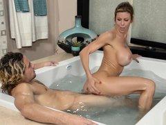 Alexis fawx nuru massage
