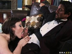 Horny old man Tommy Gunn went to a party. And there he met this horny hot babe, Jennifer White. This