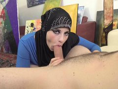 Anabelle & Mad Bundy in Busty Muslim Negotiates With Sex - Porncz