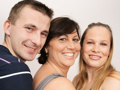 Horny Housewife And Hot Milf In Threesome - MatureNL
