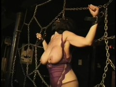 Here's a oldie but goldie bdsm. Mistress Bianca taunts her female sex slave not only with her big de