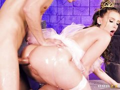 the princess has a wet and oiled ass