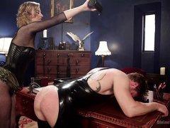 dominatrix pegs her fuck slave in his tight asshole