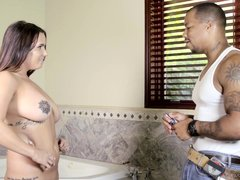 fucking the black carpenter @ seduced by the boss' wife #09