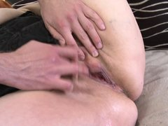 Some guys prefer older and experienced bitches, such as naughty Jara. This slutty mature lady with l