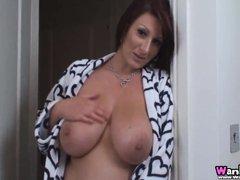 Hot Mom! With Demi Scott
