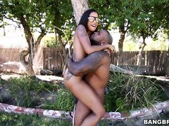 ebony babe in glasses gets hardcore outdoor