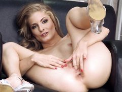 fascinating blonde masturbates